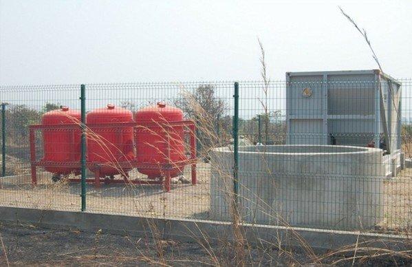 Depósitos de agua y potabilizadora en Lobito